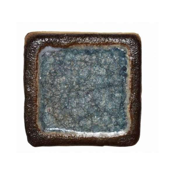 Шамотная плитка со стеклом голубая, квадратная
